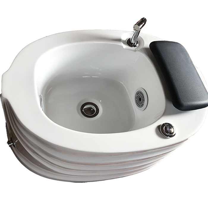 Spa pedicure tub for foot massage
